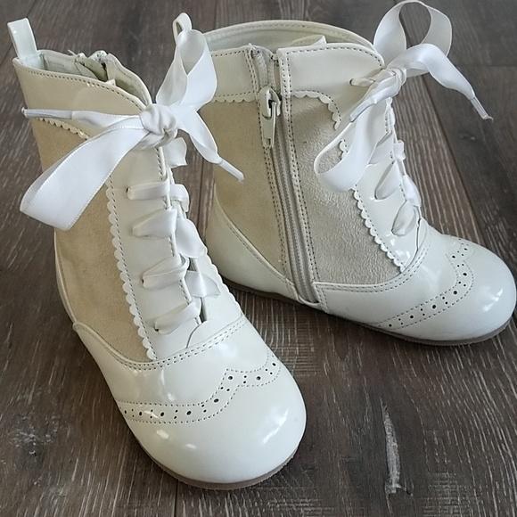 Sevva Shoes | Spanish Ivory Lace Up